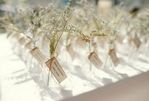 Unique-Wedding-Escort-Place-Card-Ideas-_4