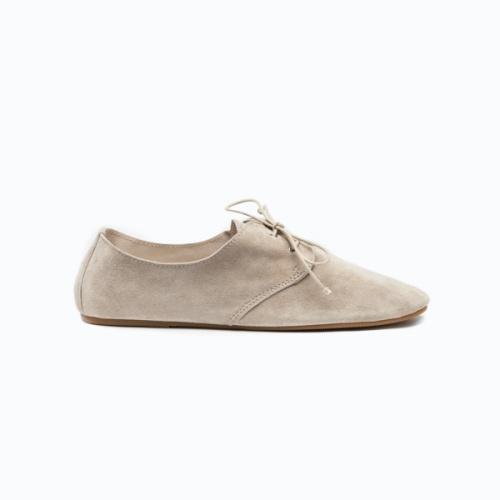 hobes sneakers